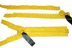 giant #30 zippers = yellow