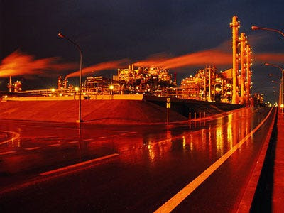 Brent oil continues to be affected by geopolitical tensions
