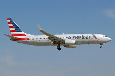American Airlines Boeing 737-823 WL N980AN (msn 33203) MIA (Luimer Cordero). Image: 911438.