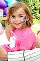 jaime kings son james knight gets his face painted 02