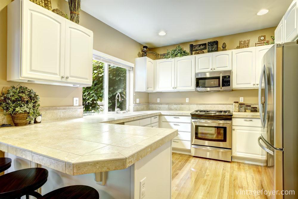 63 Wide Range of White Kitchen Designs (Photos)