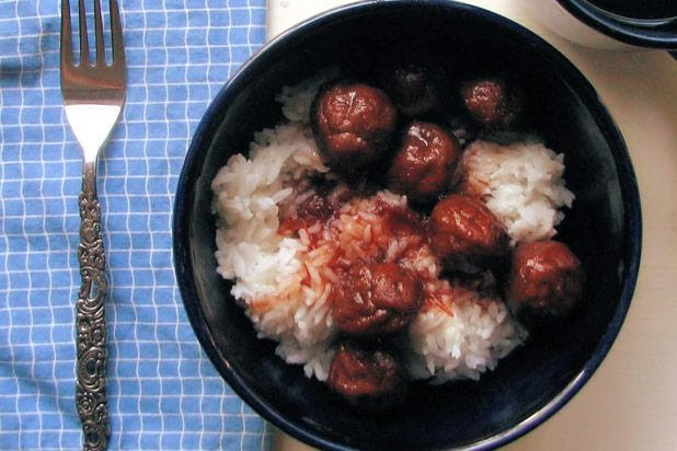 In the US, people love convenience, so it's fitting that this uniquely American recipe for sweet and sour meatballs requires the use of only three ingredients, one of which is frozen meatballs.