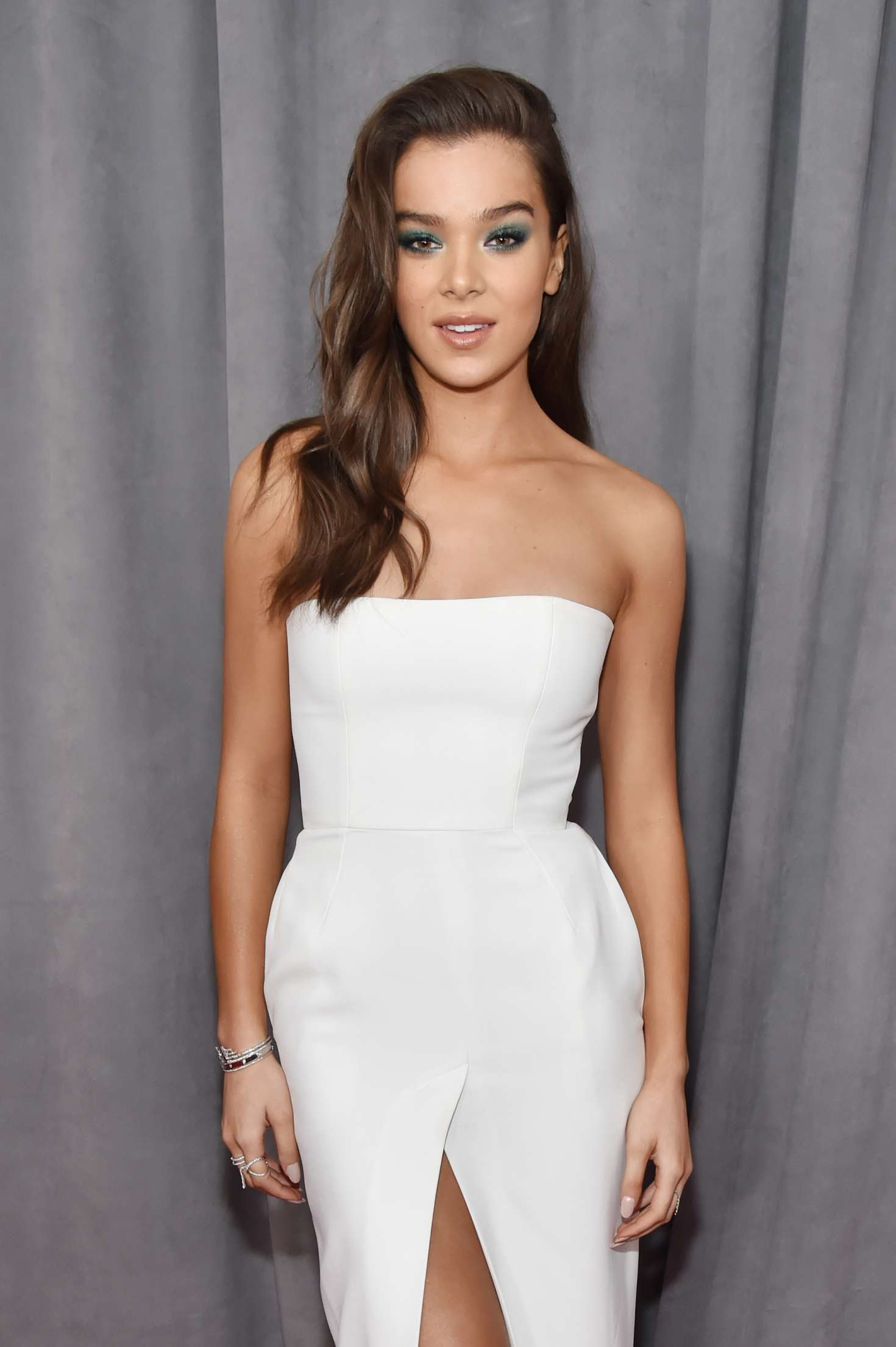 Hailee Steinfeld – 2018 GRAMMY Awards in New York City