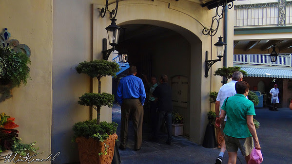 Disneyland, New Orleans Square, Court of Angles, Court des Anges, John Storbeck