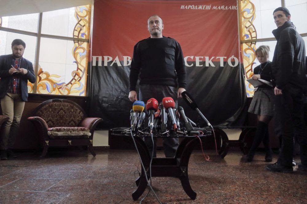 Dmitro Jaroš s pristalicama Foto AP