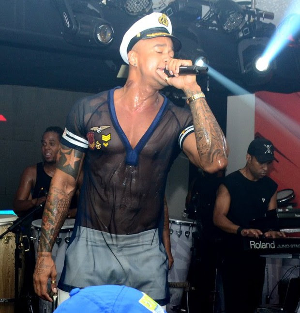 Léo Santana (Foto: WEBER BELICIO /AgNews / DIVULGACAO)