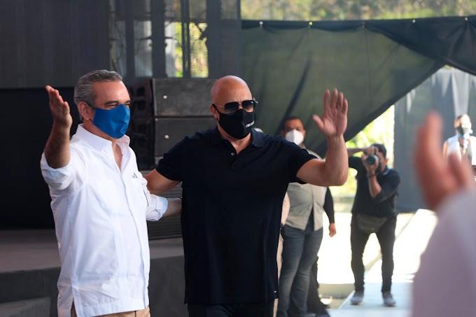 GOBIERNO DOMINICANO FIRMA ACUERDO CON ACTOR VIN DIESEL PARA CONSTRUIR UN ESTUDIO DE CINE