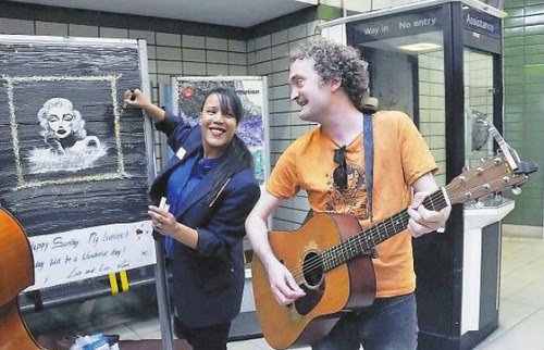 Caledonian Road Artist Inspires Song - Photo by Dieter Perry
