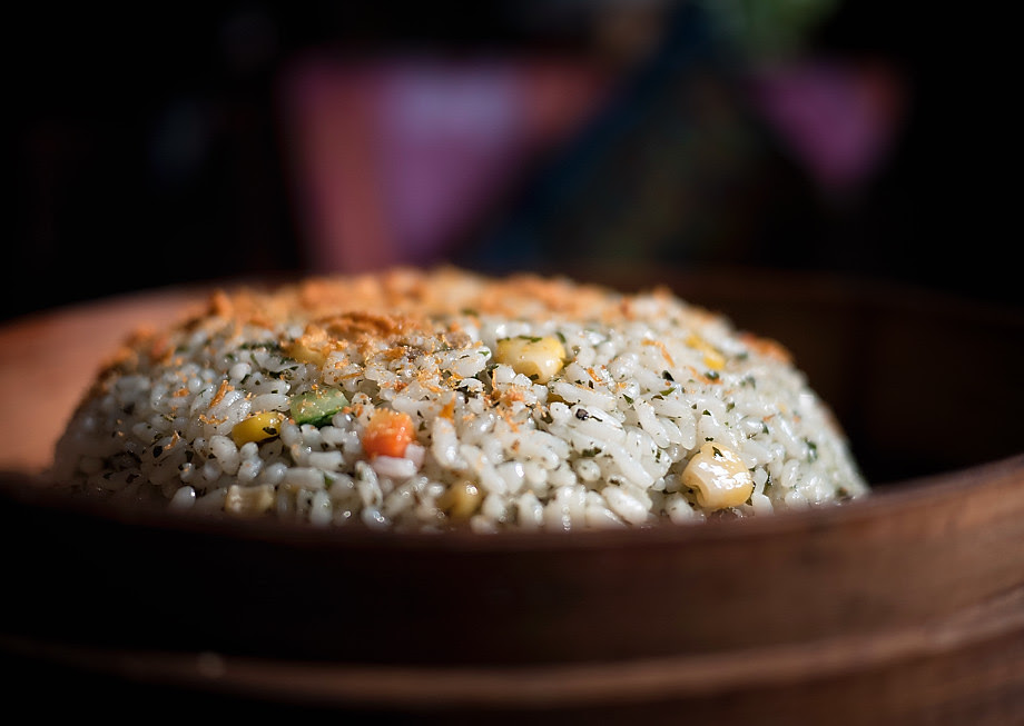 'round rice' • qingdao, china    © marc montebello all rights reserved