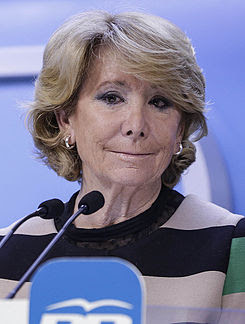 Esperanza Aguirre 2015c (cropped).jpg
