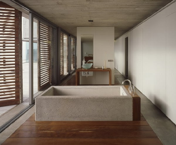 Flowing Interior Design in Concrete and Glass | Modern Interiors