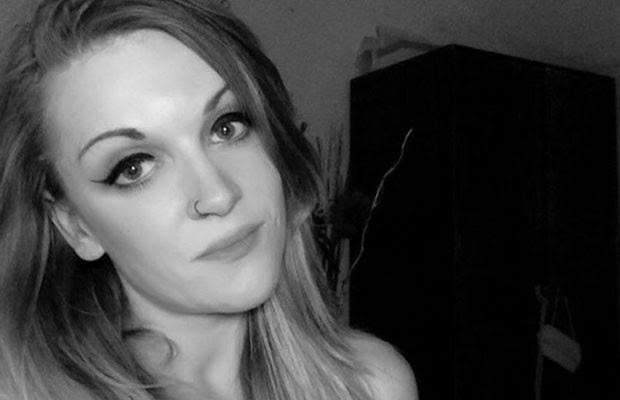 Mulher adota nome 'estúpido' para entrar no Facebook e não consegue