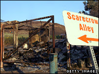Rancho destruido por el incendio en Buckweed , California, on 25/10/2007
