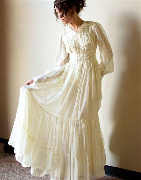 70s Gunne Sax Boho Wedding Dress   vintage ivory bone off