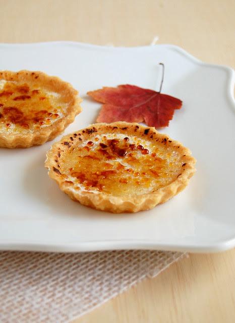 Maple brûlée tartlets / Tortinhas brûlée de xarope de bordo
