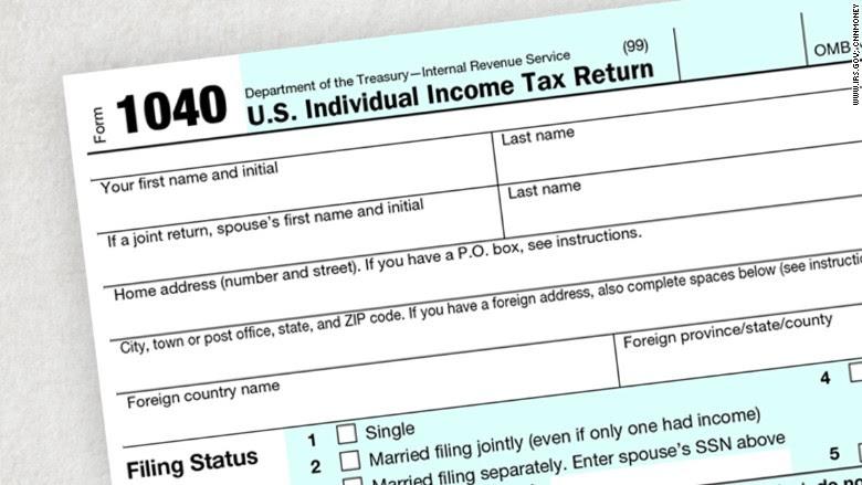 close up 1040 tax form