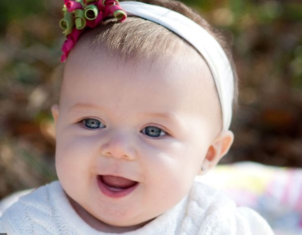 Romantic Cute Baby Girl Images Pics Baby Girl Wallpapers Photo