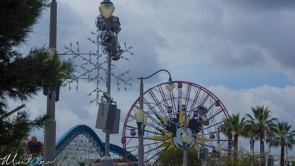 Disneyland Resort, Disney California Adventure, Paradise Pier, Christmas Time, Christmas, 2014, Snowflake, Light