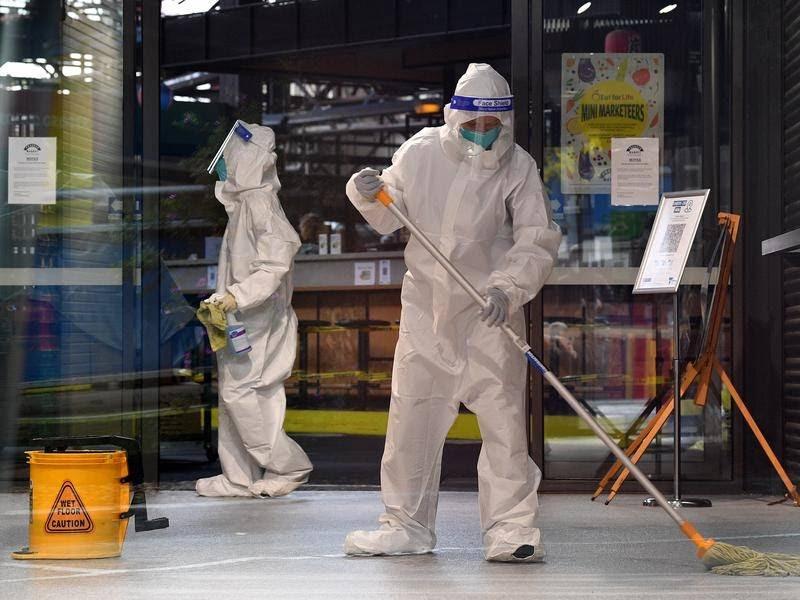 COVID concern at Melbourne hospital after worker tests positive