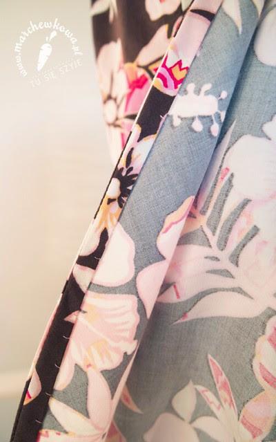 marchewkowa, blog, szafiarka, moda, retro, vintage, szycie, krawiectwo, suknia ślubna, sukienka, model #133, Burda 3/2013, bawełna, spódnica z połówki koła, dekolt, kwiaty, rękawy do łokci, rozcięcie