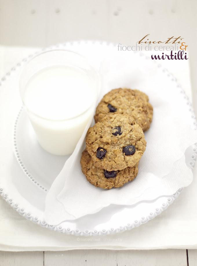 biscotti cereali e mirtilli