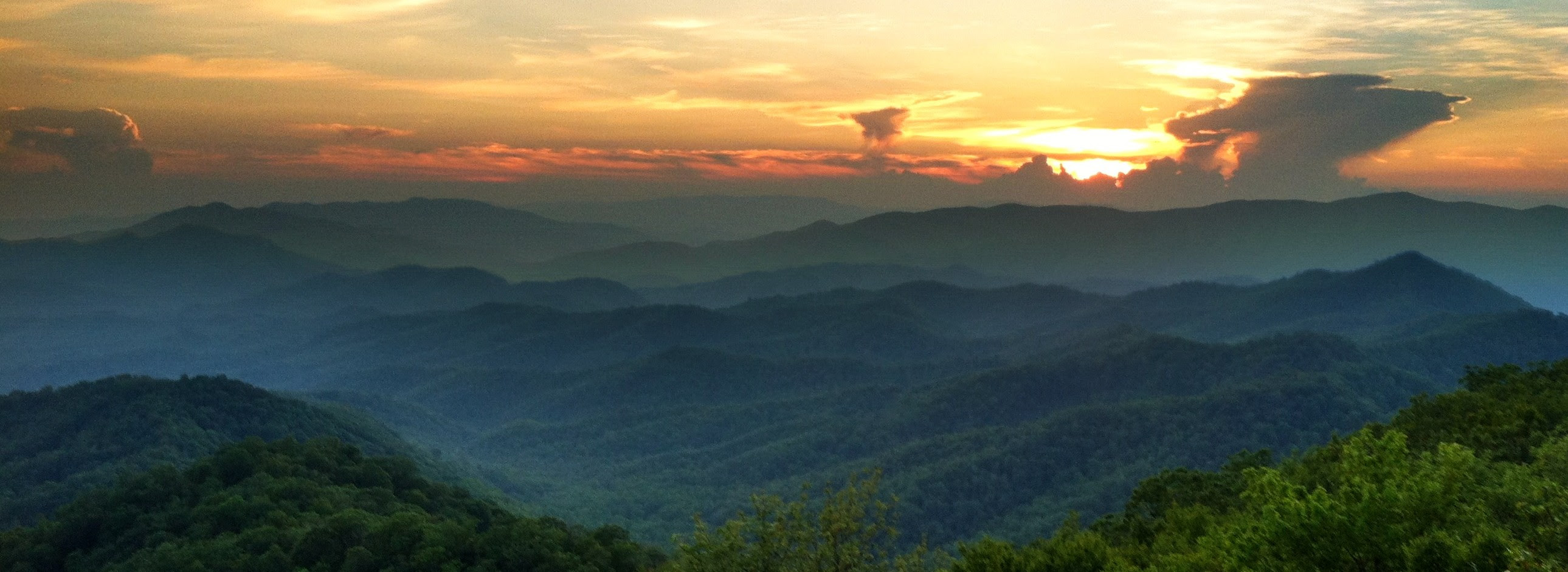 Why Vacation in Western North Carolina? - Yellow Rose Realty