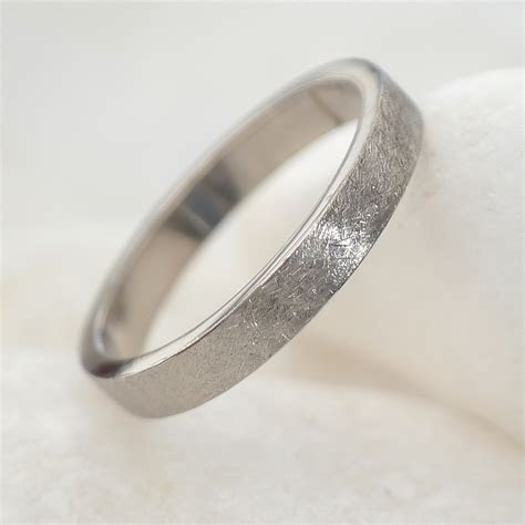 3mm Urban Flat Wedding Ring in 18ct White Gold or Platinum