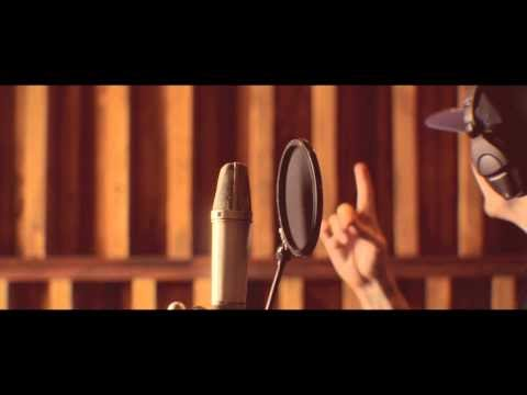 "DIALEKT ""Someone Like Me"" featuring Demrick"
