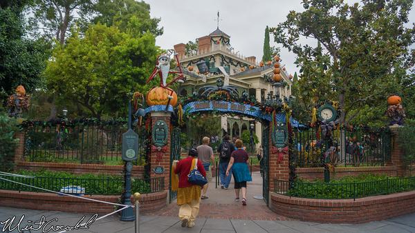 Disneyland Resort, Disneyland, Haunted Mansion, Holiday