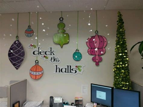 """Cubicle decorating contest at work   made """"snow"""" with wire"""