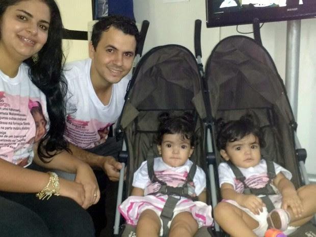 Família lançou campanha em março deste ano para custear tratamento com células-tronco para filha que nasceu com má-formação (Foto: Arquivo Pessoal)