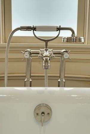 Understanding Bath Faucets | Overstock.