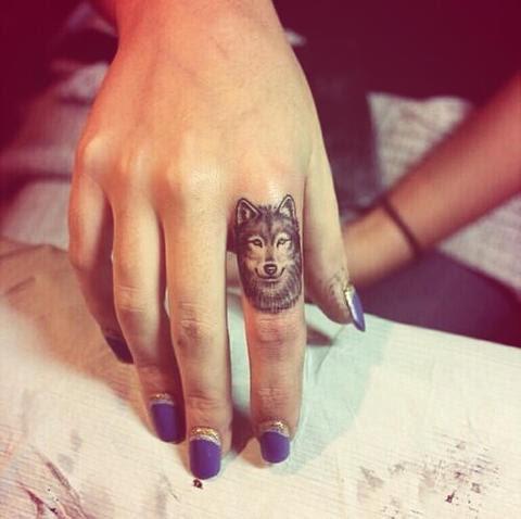 21 Tatuajes En Los Dedos Que Te Dejarán Impresionado Cabroworld