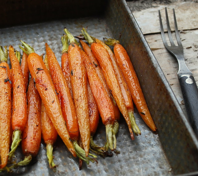 Roasted Carrots with thyme 1