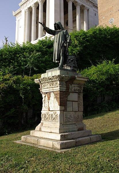 Fil: Roma Monumento a Cola di Rienzo a Roma 001.JPG