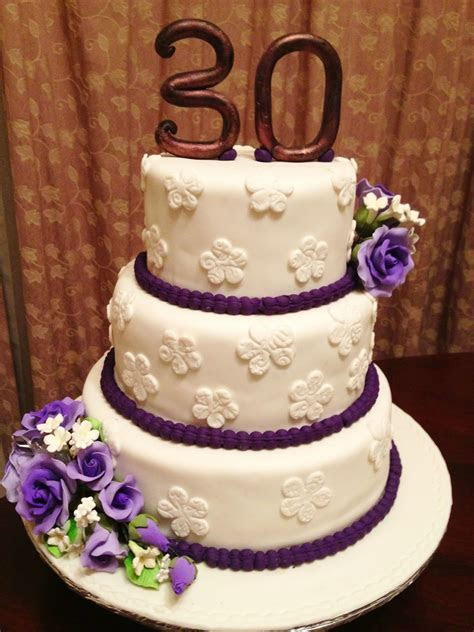 Pink Oven Cakes and Cookies: Wedding Anniversary cake