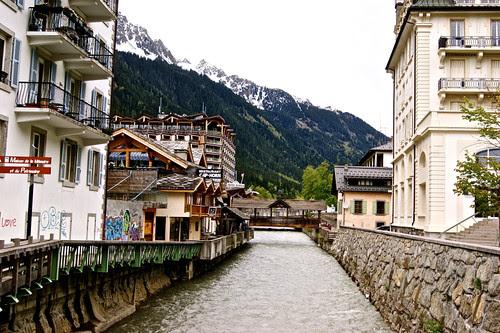 Scenic Chamonix (Mont-Blanc)