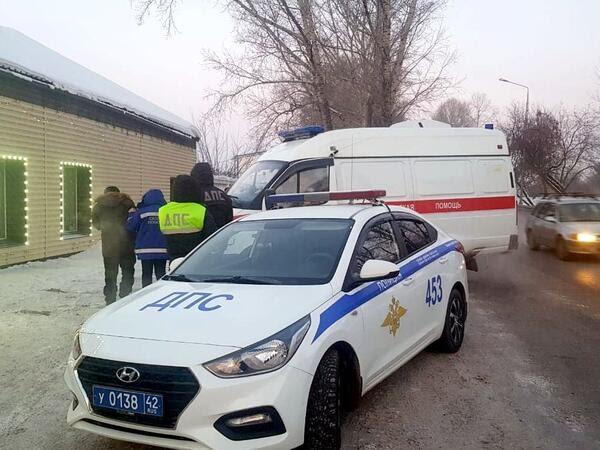 В Новокузнецком районе полицейские не дали человеку замерзнуть