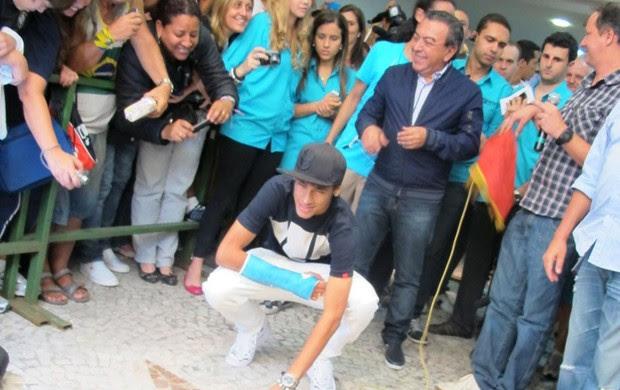 Neymar Estrela Calçada da Fama Santos Maurício de Sousa (Foto: Lincoln Chaves / Globoesporte.com)