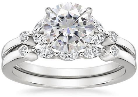Moissanite Wedding Sets: The Handy Guide Before You Buy