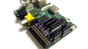 Pi Crust Is a DIY Breakout Board to Expand Interfacing Options on Your Raspberry Pi