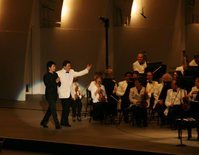 Superstar pianist Lang Lang and conductor Long Yu