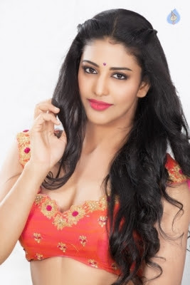 Daksha Nagarkar Latest Photo Shoot - 12 of 15