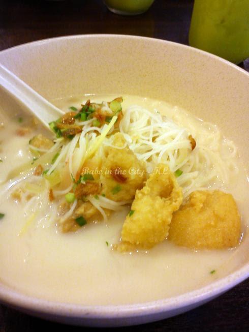 Deep fried fish fillet noodles (RM9.50)