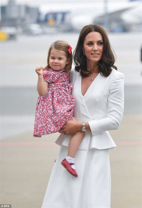 Princess Charlotte looks like the Queen Mother as a child