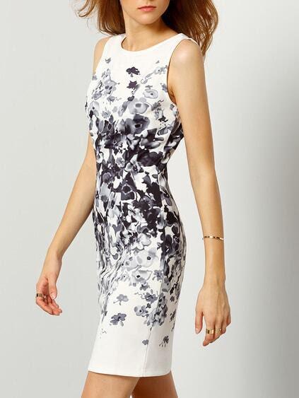 Vestido floral preto e branco