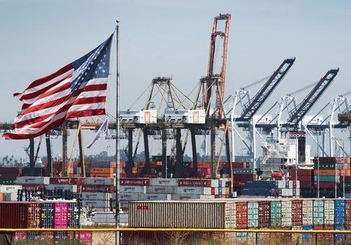 La guerra comercial de Trump con China costó hasta 245.000 empleos estadounidenses: estudio
