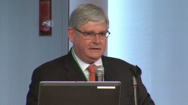 O procurador-geral da República, Rodrigo Janot, dá palestra na Massachusetts Institute of Technology, nos Estados Unidos (Foto: Reprodução / MIT Media Laboratory)