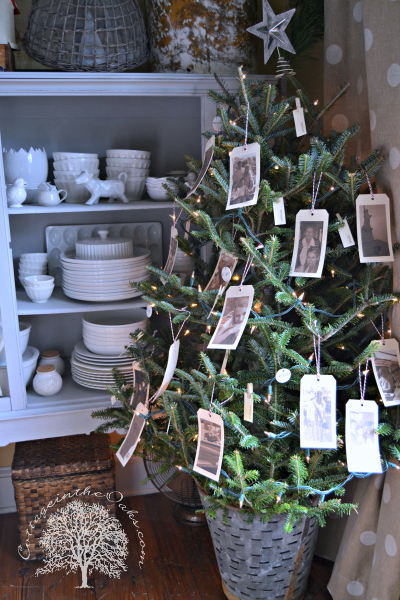 This blogger isn't a fan of themed trees, but proudly boasts  DIY ornaments that showcase family photos. See more at Cottage in the Oaks »