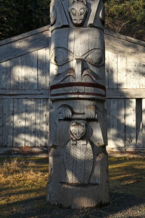 beaver figure, Chief Son-i-Hat Whale House, Kasaan, Alaska